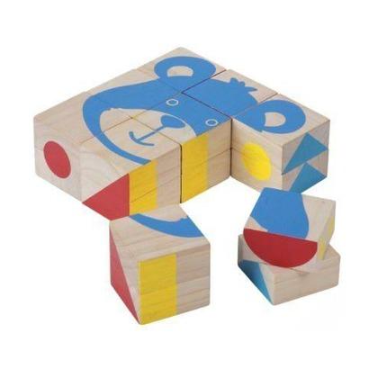 Деревянные кубики с подвижными деталями