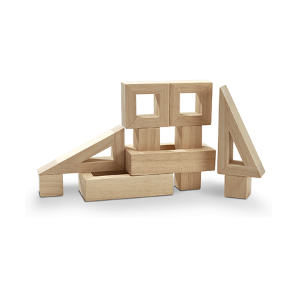 Конструктор с полыми блоками